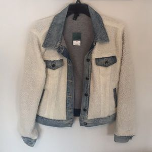 NWT Wild Fable Denim and White Fleece jacket